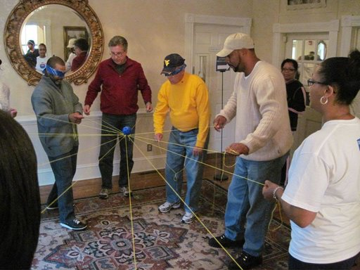 Business CollaborIndoor Team Building