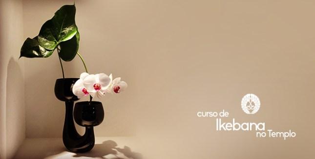 Curso de Ikebana no Templo