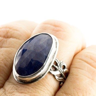 Sapphire Ring with Flourish Band-Terra Rustica Jewelry