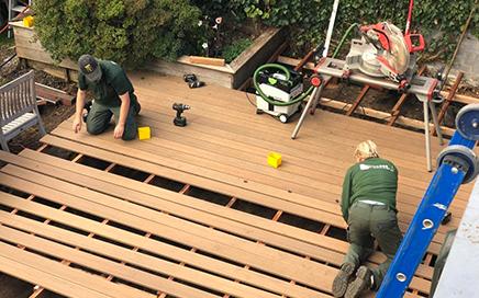 terrasse en bois et bois composite
