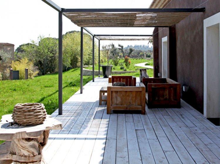 Terrasse de jardin en teck