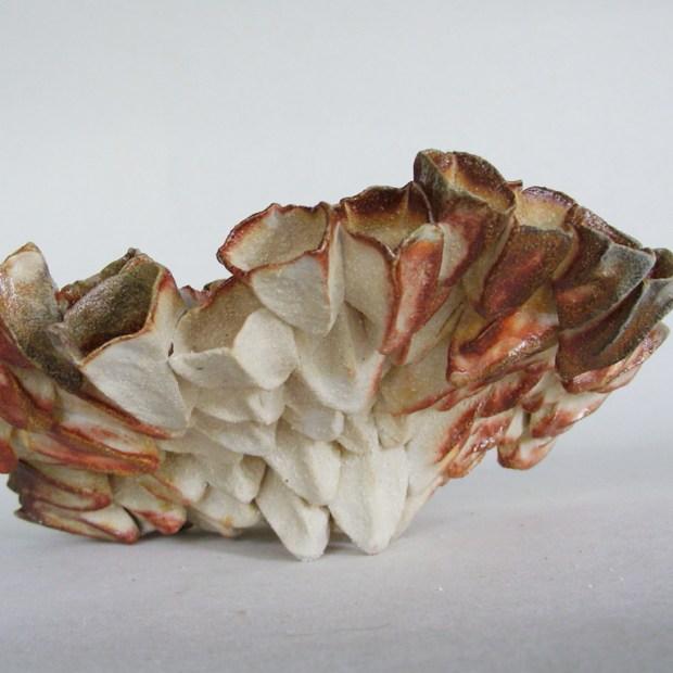 recif 2   Manon Berthellot   Récif   Produit   130,00€   6501   Sculpture céramique. Pièce unique.   Manon Berthellot   Terre et Terres   10 décembre 2020