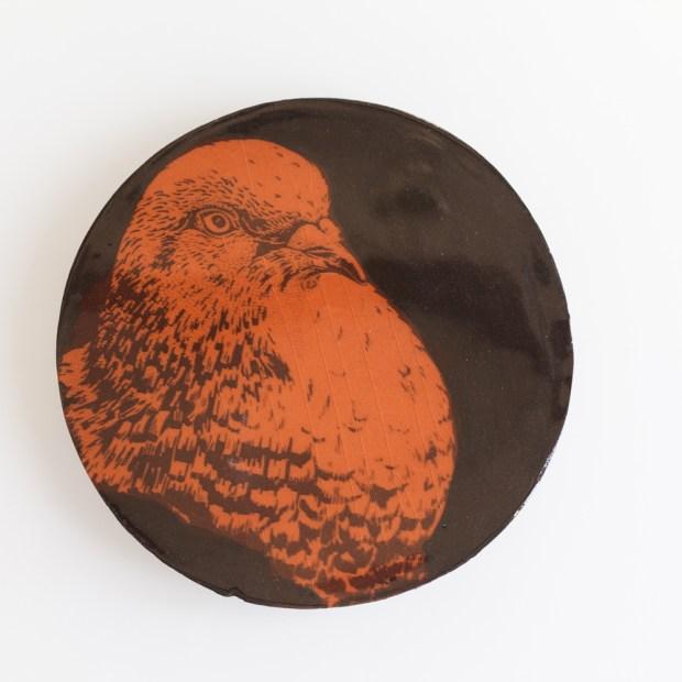 1 | Nathalie Charrié | Ball trap | Produit | 35,00€ | 6344 | Pigeons d'argile sérigraphiés à l'engobe et émaillés. | Nathalie Charrié - Artiste céramiste | Terre et Terres | 10 décembre 2020