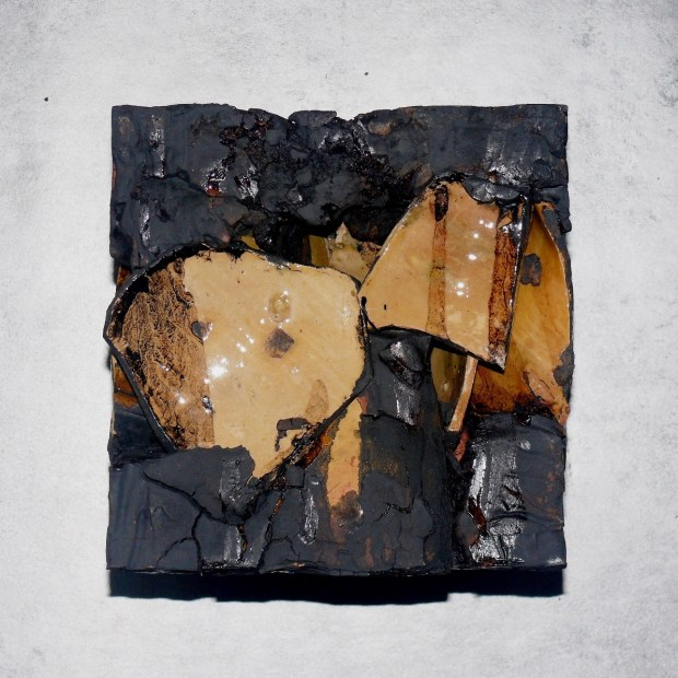devillard cubes terroirs b | Claude Devillard | Cube Terroir Astaffort | Produit | 490,00€ | 7240 | Terre de terroirs compressée en cube | atelier devillard | Terre et Terres | 10 décembre 2020