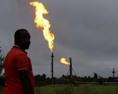La comunità nigeriana Ikebiri contro Eni in Nigeria