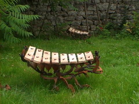 Dcoration jardin insectes gants sculpture dcorative musicale de plein air