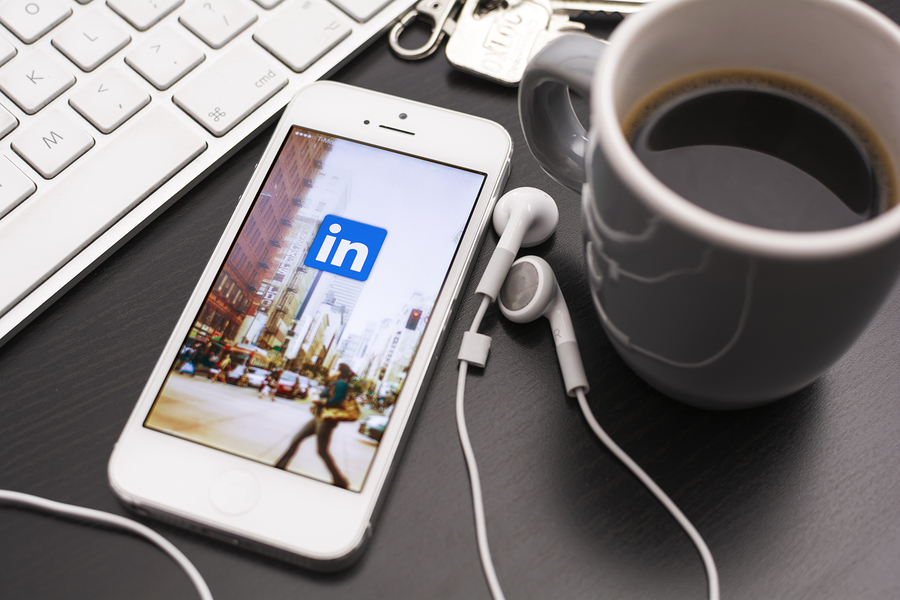 7 LinkedIn Profile Mistakes That Are Derailing Your Content Marketing Efforts