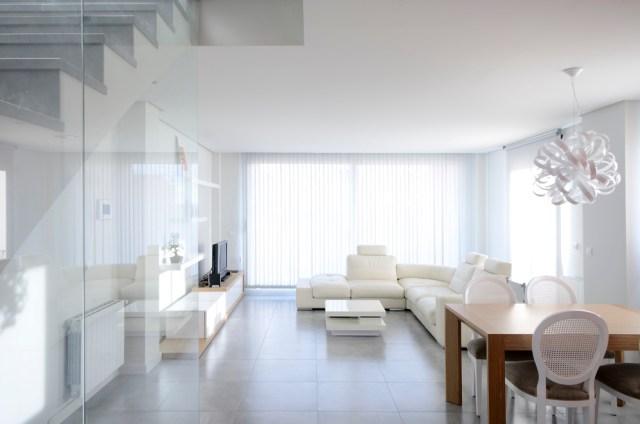 sillon-cuero-blanco-para-decorar-el-salon