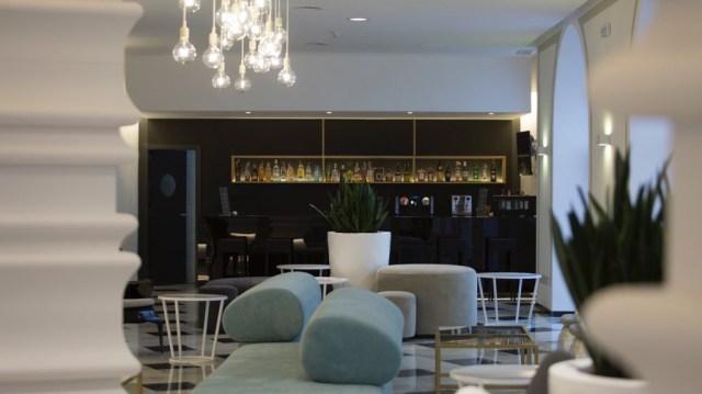 diseño de interiores hotel Monte Triana. bar frente