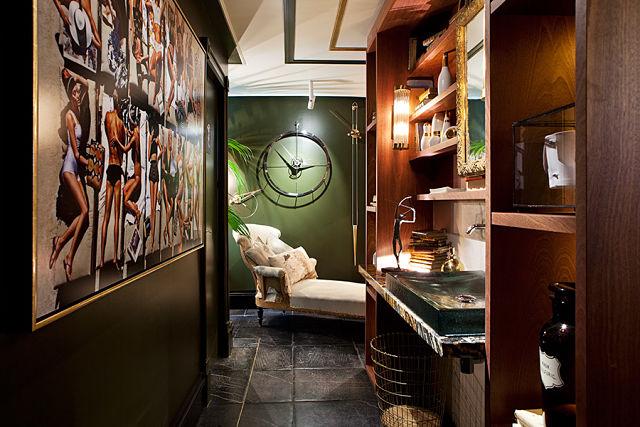 decoradores de interiores. interior del baño de Adriana Nicolau