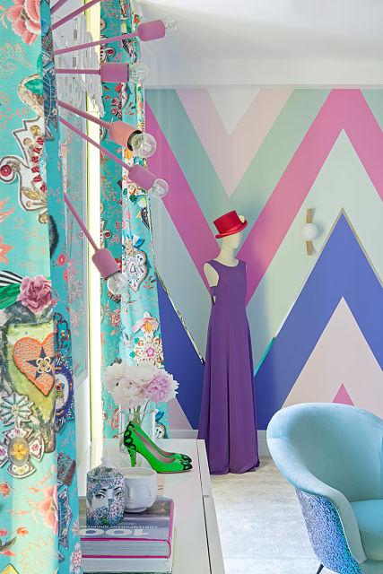 decoradores de interiores. vestidor de Miriam Alía