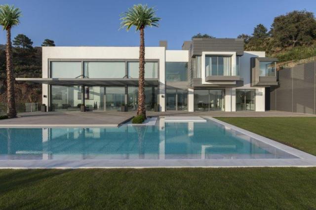 diseño minimalista de la arquitectura de Villa Arcadio