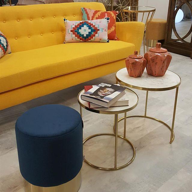 Decoración de apartamento con mobiliario ecléctico