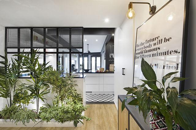 Transparencias en la transformación de un loft en piso compartimentado