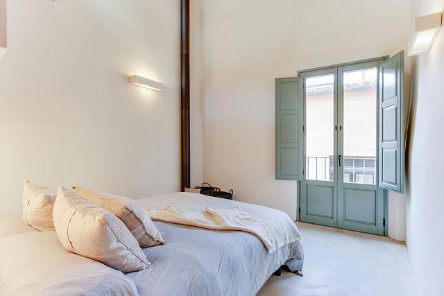 Reforma interior de dormitorio en casa de Gerona