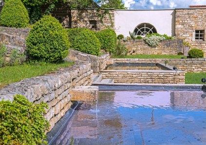 Chateau de Courban les fontaines