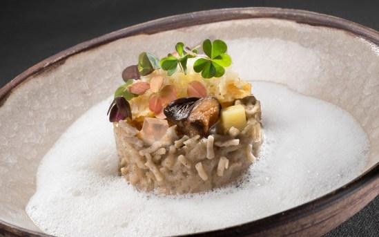 La Bouitte - Crozets au beaufort façon risotto, girolles, oseilles des bois.