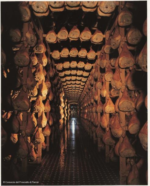 Cathédrale Jambon de Parme affinage