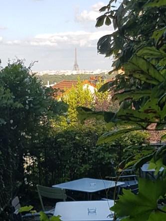 Au Père Lapin terrasse avec vue Paris