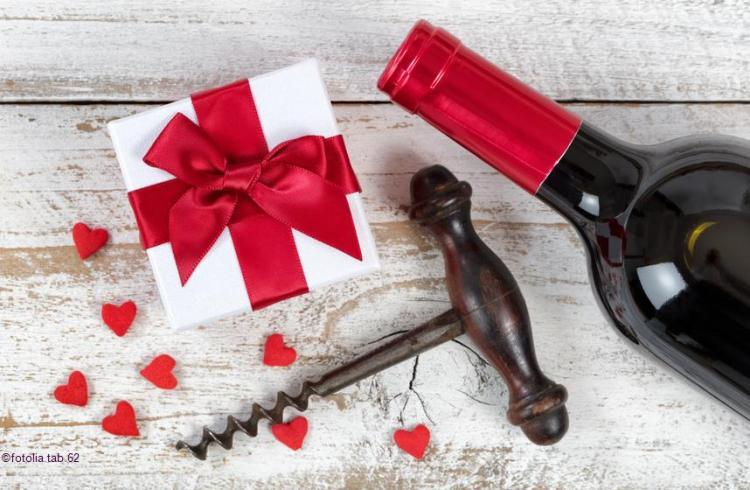 vins et champagne pour la saint valentin Fotolia @TAB62_c2i