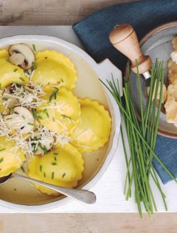 Bouillon de ravioles au Parmesan