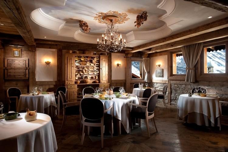 Savoie - La Bouitte - Salle a manger baroque