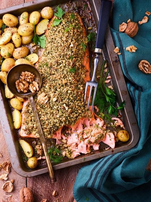 Menu de Noël gourmand- Saumon en croute de noix de Grenoble