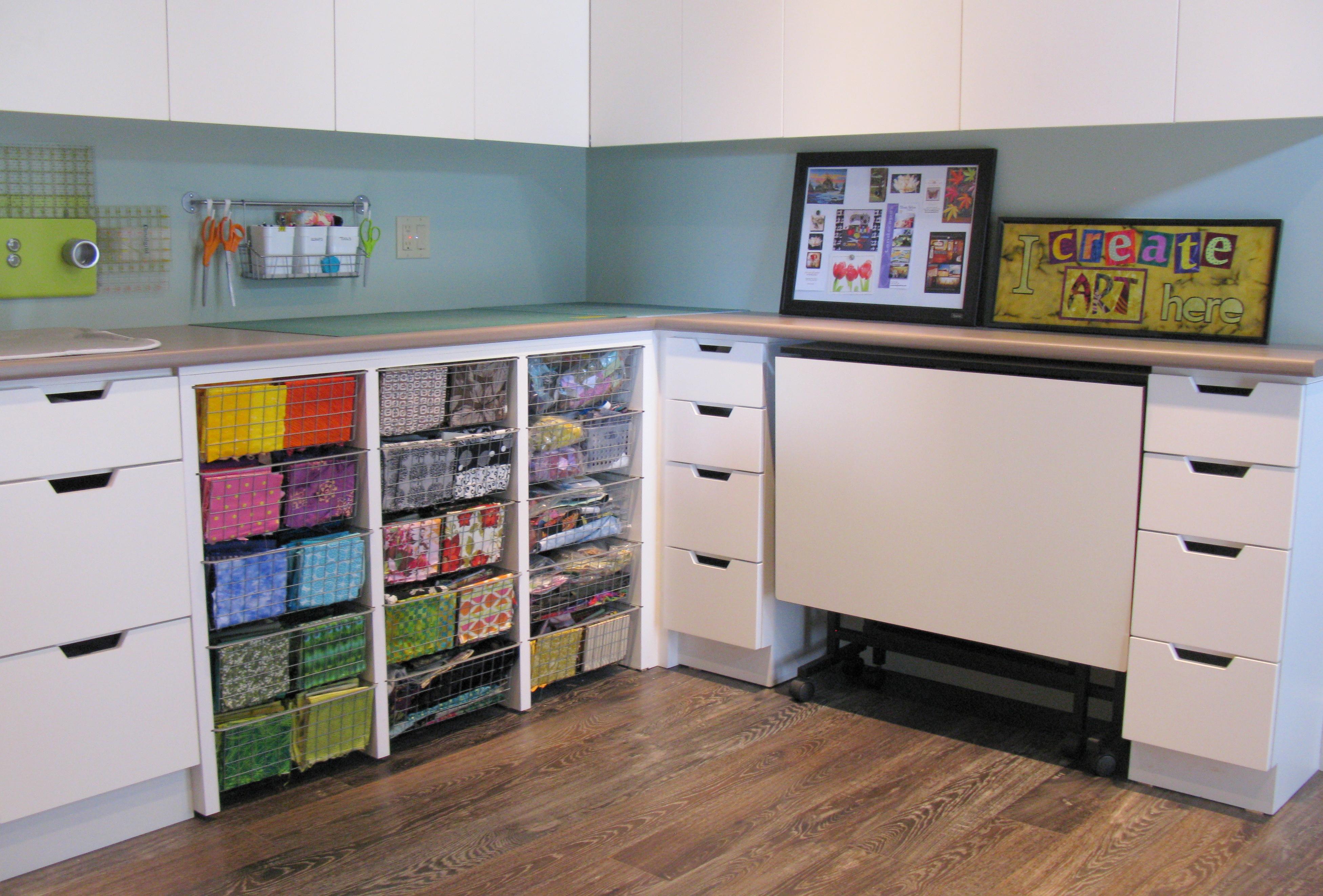 Quilt Room Design Ideas Part - 32: Carpeting ...