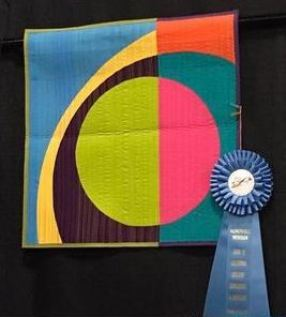 'Eclipse' by Terry Aske. Photo by Carol of Twin Creek Quilts.