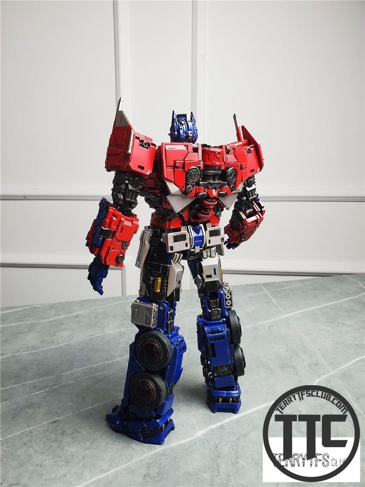 ToyWorld TW TW F09 Freedom Leader Bumblebee Movie Optimus Prime OP Standard VerLatest Preorders