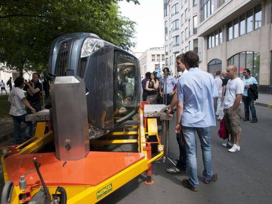 Roll-over demonstration