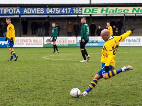 La Capitale - photo - Cristian Samoila, Sport, Football, Hal vs GanshorenStade: le Lamme Guiche, Chaussee de Ninove 223, 1500 Hal