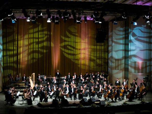 Jose Carreras, Alexandra Coman, Angel Odena and the George Enescu Philharmonic Orchestra, conductor David Gimenez