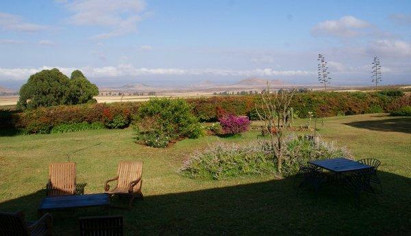 Kleurrijke tuin Simba Farm Lodge