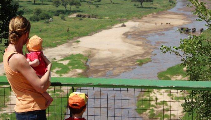 Met Julian en Lisan op uitkijkpunt in Tarangire National Park