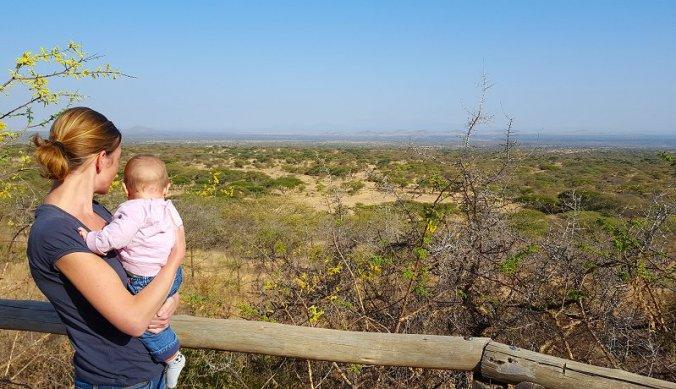 Van het uitzicht genieten bij Kampi ya Tembo