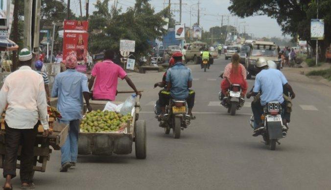 Merkwaardige situaties op de weg in Tanzania