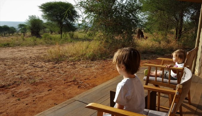 Safaritent omringd door de wildernis van Tarangire National Park