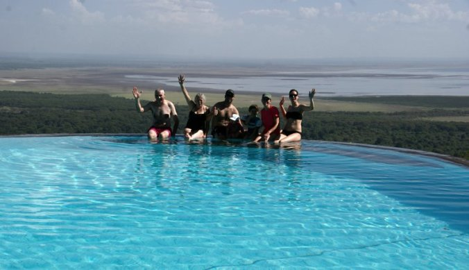 Aan het zwembad van Serena Lake Manyara Lodge
