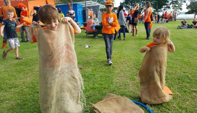 Zaklopen bij de Hollandse kinderspelen Arusha