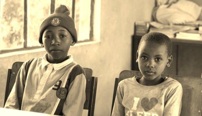 Kinderen in de klas bij Maasai Lodge