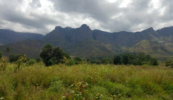 Usambara Mountains langs de weg naar Dar es Salaam