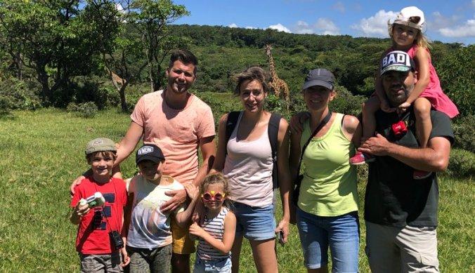 Met familie op wandelsafari in Arusha National Park-national-park