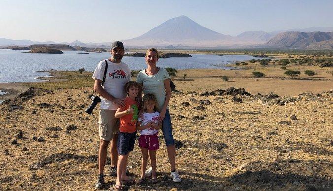 Expatgezin bij Lake Natron in Tanzania