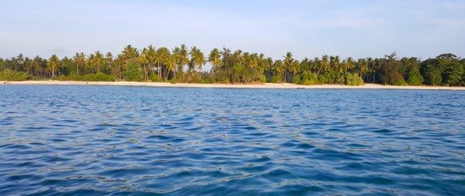Kustlijn van het eiland Pemba in Tanzania