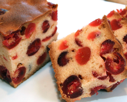 Cara Membuat yogurt Cherry Cake