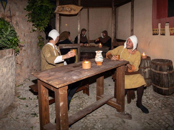 Ente Palio dei Terzieri - Scene di Vita Medievale 07