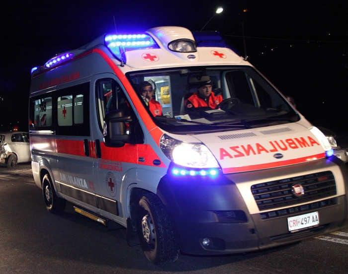 San Giovanni, precipita dal sesto piano: morta una 17enne