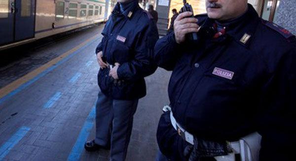 Figlio resta sul treno: la Polfer li riunisce a Montalto