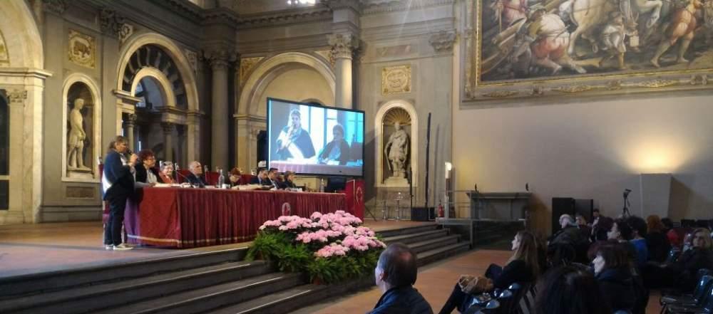 Ladispoli, l'insegnamento lingua Romena alla Corrado Melone protagonista a convegno di Firenze